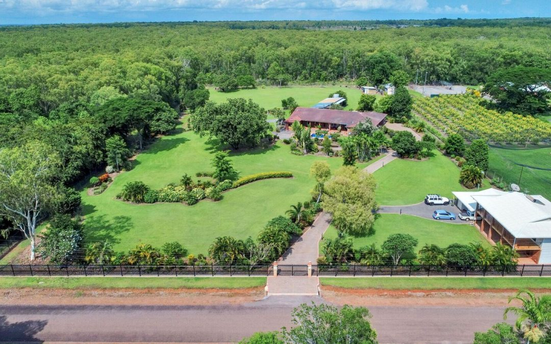 √√ ESCAPE the CITY… TO THE COUNTRY!!! FOR SALE 2 Homes on 5 acres  FOR SALE  Fully Furnished, Located 105 Pheasant Drive, McMinns Lagoon Humpty Doo!! The Whole property is Fully Fenced with Security Fence and automatic Electronic Gates for the security conscious family.